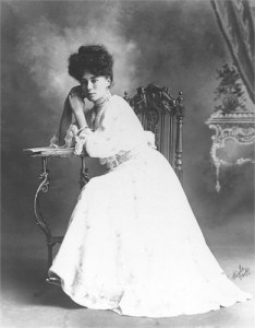 Ida Stanaway in her early 20's - Daniel Family Collection.