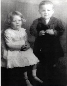 Margaret Eileen (Irene) and Clarence (Clarrie) Stanaway - Colleen Stanaway Collection.