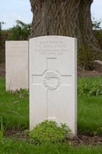 Vernon Rowlands Grave, Belgium.
